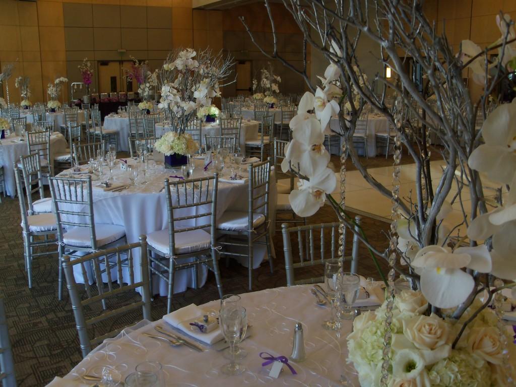 DiaBar White Table